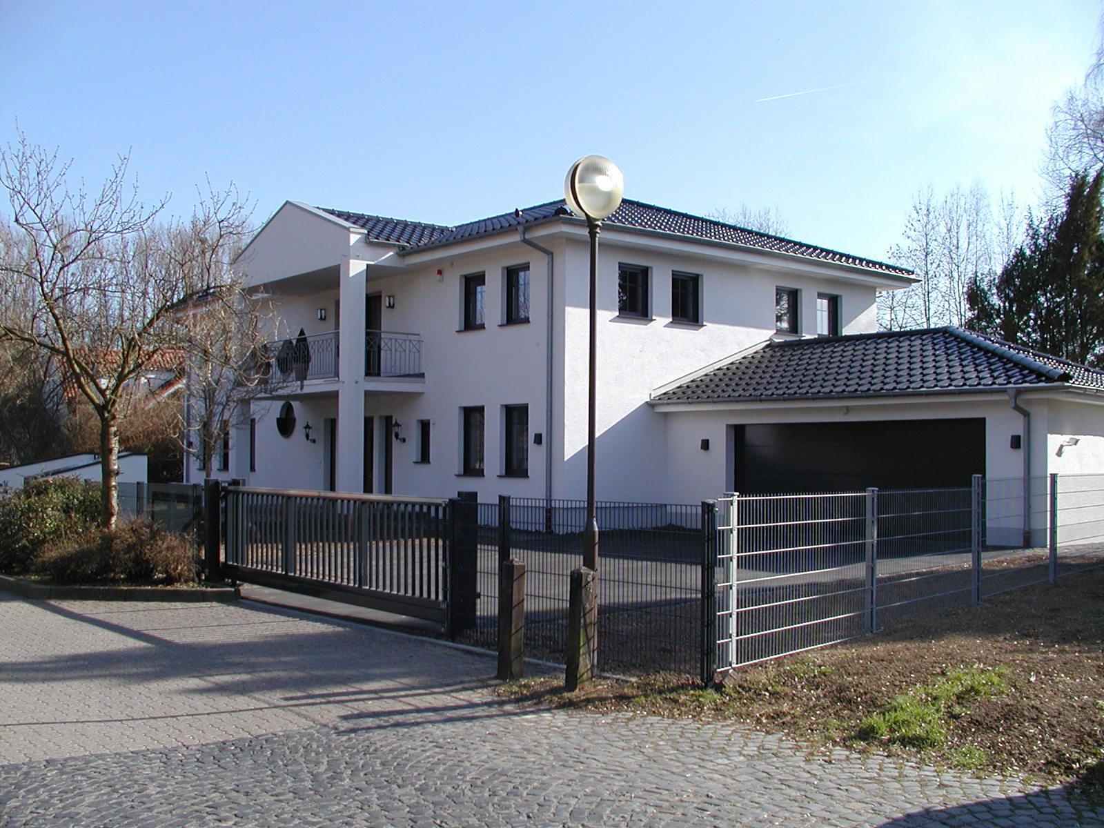 wohnhaus thieroff h hr grenzhausen gerharz gerharz. Black Bedroom Furniture Sets. Home Design Ideas